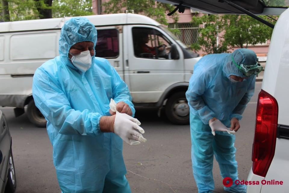 Медики одесских мобильных бригад получат 300-процентную надбавку к заработной плате из бюджета города