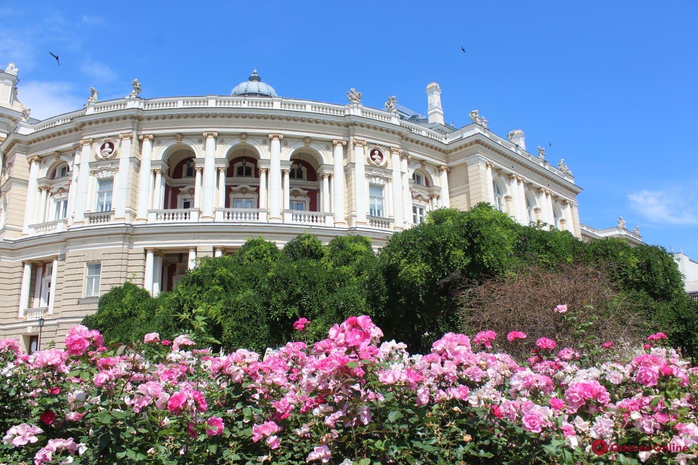 В воскресенье на Театральной площади состоится прямая трансляция концерта со сцены Одесской Оперы