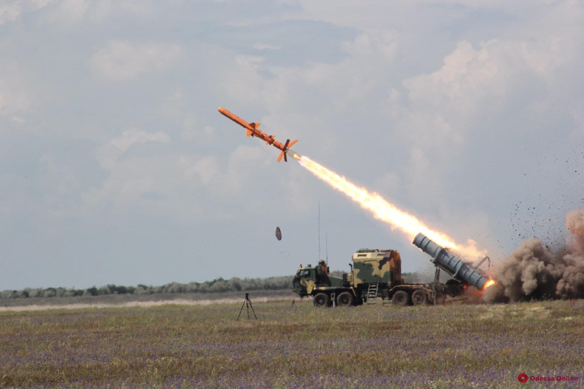 В Одесской области прошли испытания ракетного комплекса «Нептун» (фото)