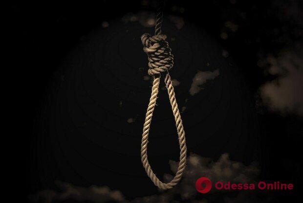 На юге Одесской области мужчина покончил жизнь самоубийством
