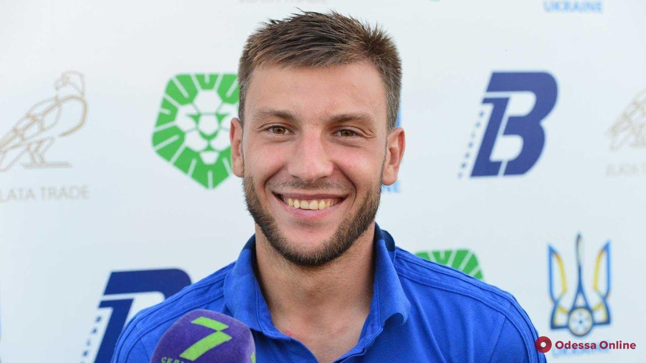 Два одесских футболиста продолжат карьеру в «Николаеве»