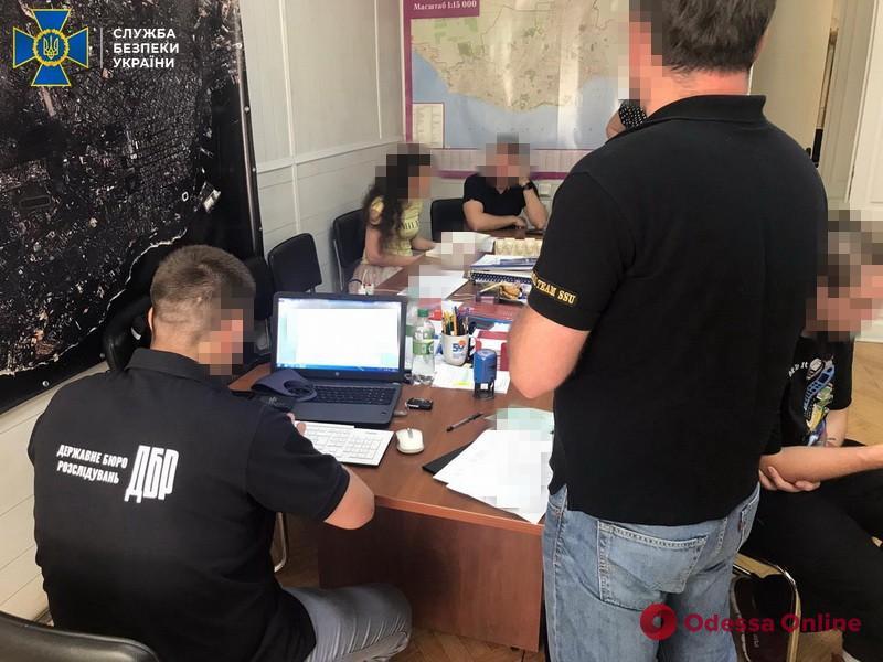 Правоохранители рассказали подробности обысков в Одесском горсовете