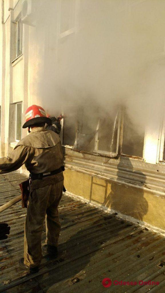 В Черноморске при пожаре пострадал мужчина