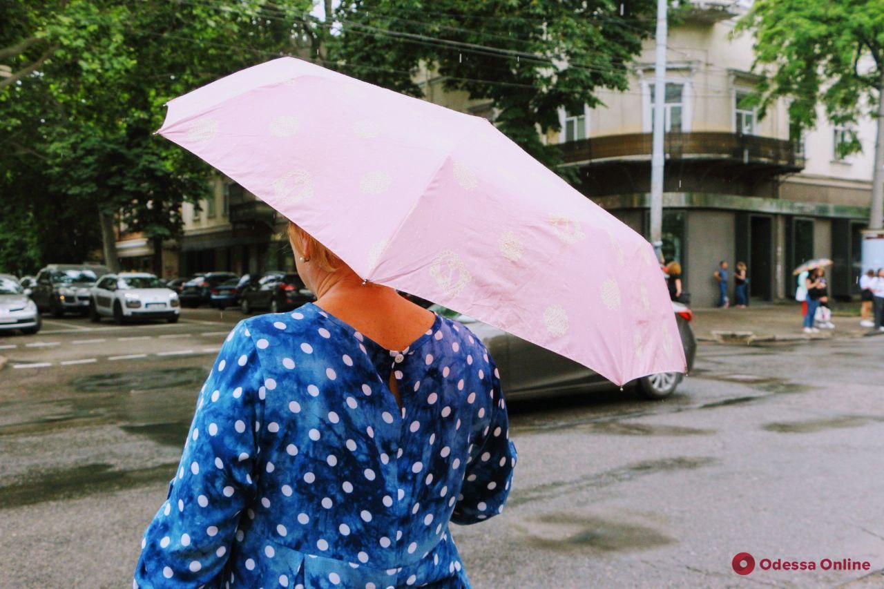 Завтра в Одессе ожидаются кратковременный дождь и гроза
