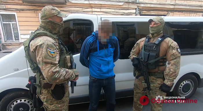 Задержаны поджигатели автомобиля одесского адвоката (видео)