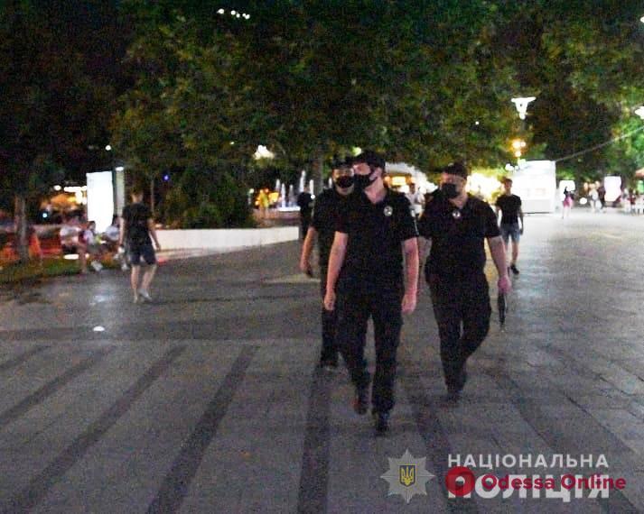 За выходные в Одесской области полицейские проверили почти 200 развлекательных заведений – 44 из них нарушали карантин