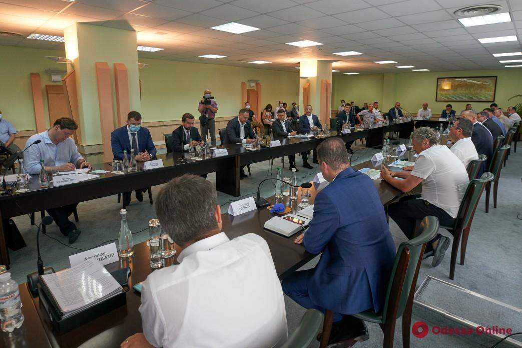 Президент встретился с представителями бизнеса Одесской области и анонсировал назначение вице-премьера по вопросам промышленной политики