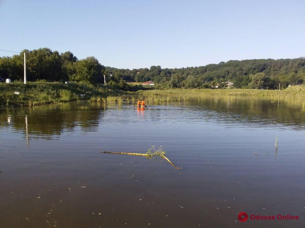 В Одесской области ищут пропавшего во время купания в пруду мужчину