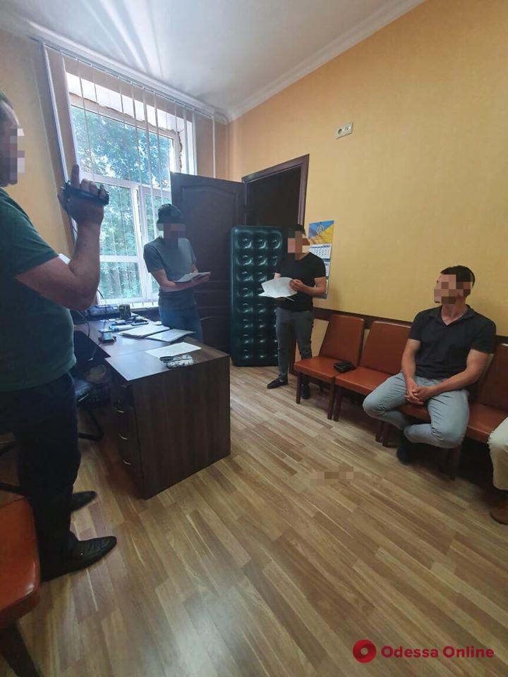 Смерть нардепа: в Одессе сотрудника СБУ подозревают в вымогательстве