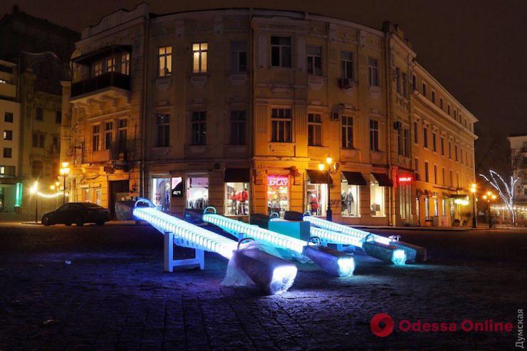 «Золотые» качели: в Одессе будут судить бизнесмена-мошенника