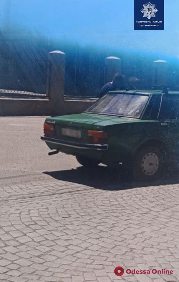 В Измаиле водитель на «Форде» сбил женщину, отобрал у очевидца телефон и сбежал