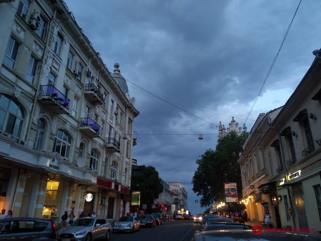 Воскресный вечер в Одессе (фоторепортаж)
