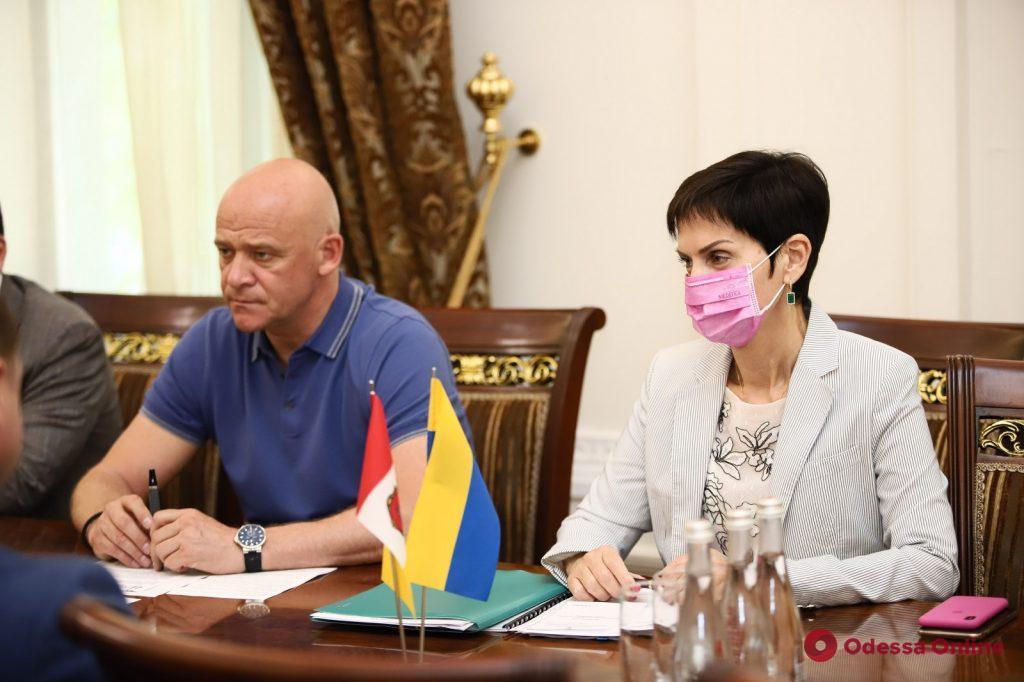 Мэр Одессы встретился с главой Комитета Красного креста (фото)