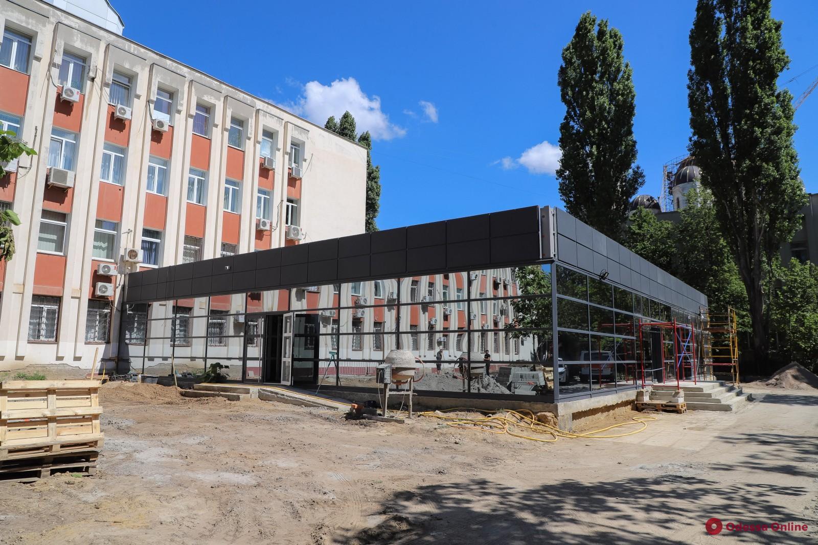 Центр админуслуг в Суворовском районе планируют открыть в сентябре
