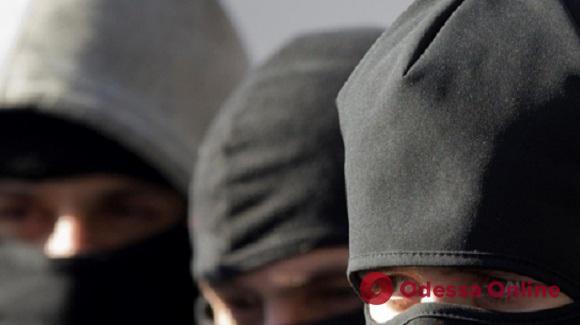 В парке Шевченко разбойники сломали гостю из столицы челюсть из-за нескольких сотен гривен