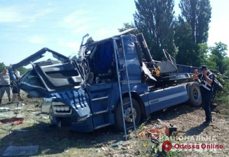 В очередном ДТП в Одесской области погибли два человека