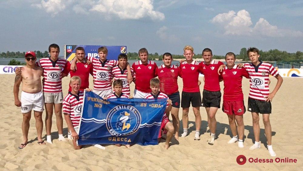 Одесские команды разыграли «золото» и «серебро» Всеукраинского турнира по пляжному регби