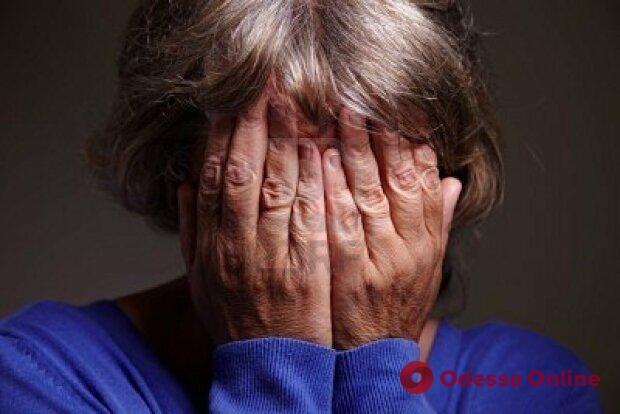 Одесситке грозит тюрьма за домашнее насилие над 78-летней матерью