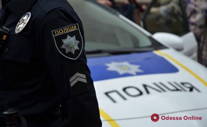 В центре Измаила трое парней избили патрульного