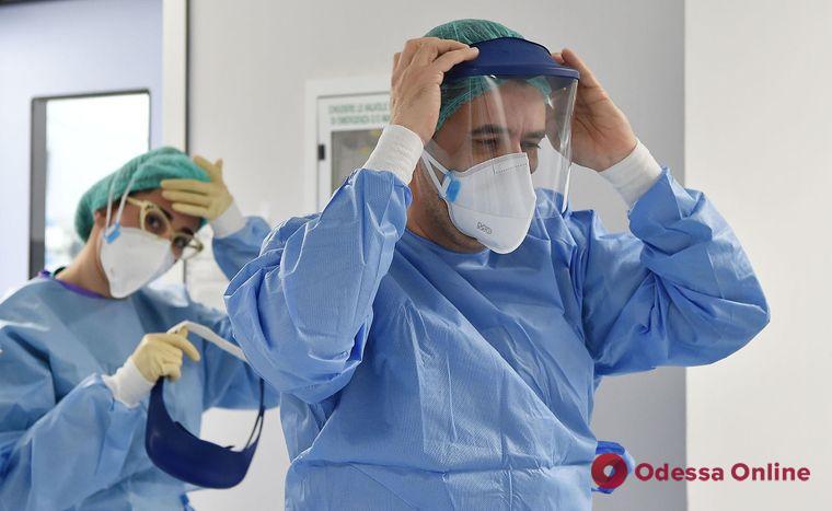 Медики Одессы с начала пандемии COVID-19 получили 32 млн грн поощрительных выплат