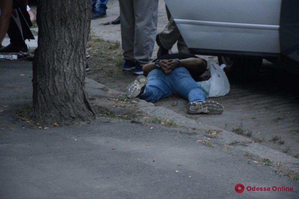 В Одессе произошла перестрелка: очевидцы сообщают о раненых (видео, обновляется)