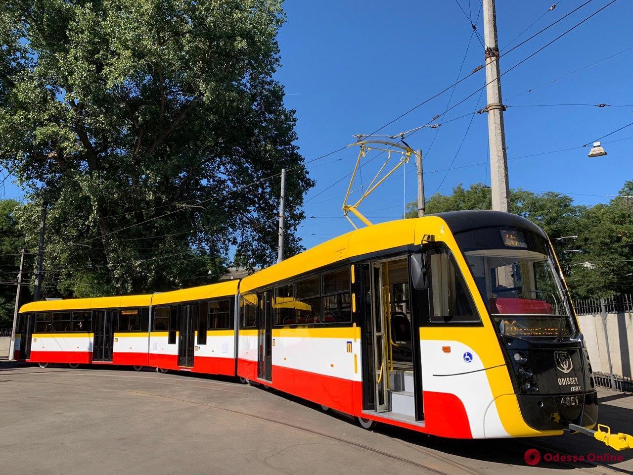 В Одессе закупят двенадцать новых многосекционных трамваев