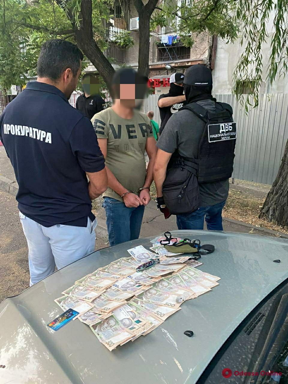 В Одессе задержали фальшивомонетчика