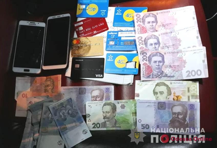 В центре Одессы трое сутенеров организовали подпольные бордели
