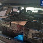 На Бунина патрульные остановили BMW с тысячами пачек контрафактных сигарет