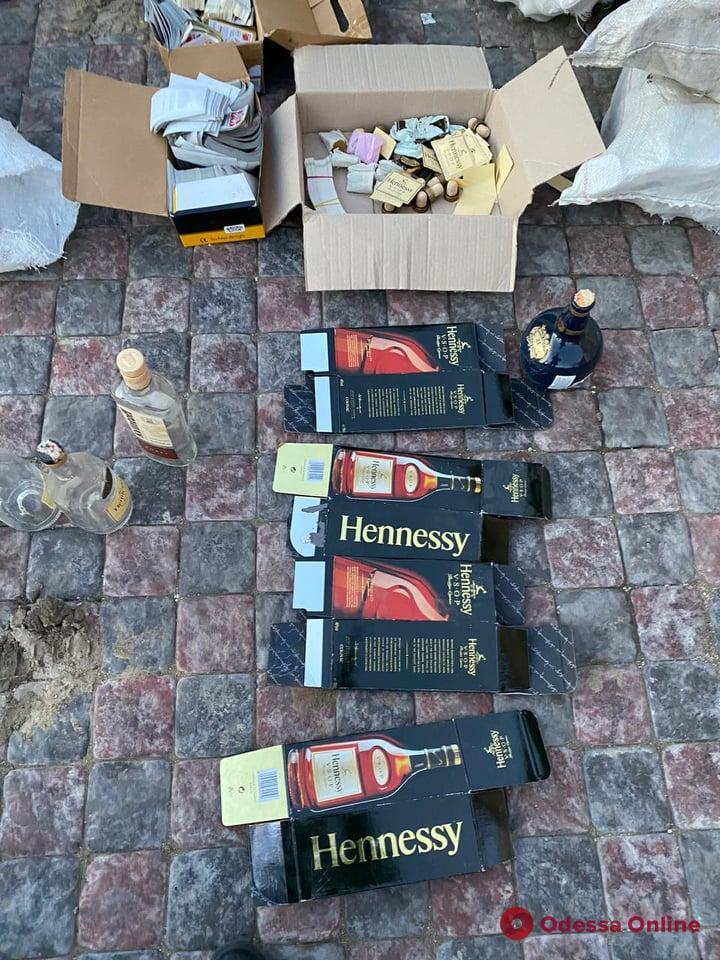 В Одесской области будут судить изготовителей поддельного элитного алкоголя (фото)