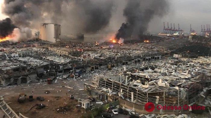 На взорвавшемся в Бейруте судне 6 лет назад «кинули» одесских моряков