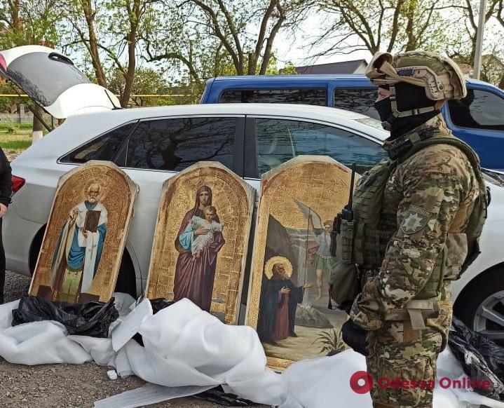 Украл с сообщниками икон на 2,5 миллиона: житель Одесской области предстанет перед судом