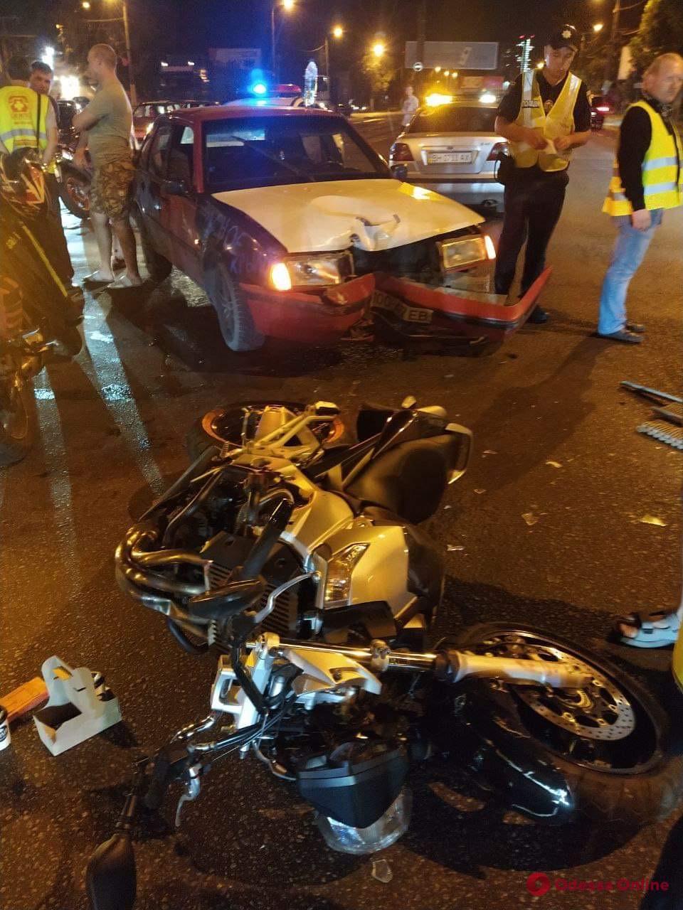 На Балковской столкнулись мотоцикл и легковушка (фото)