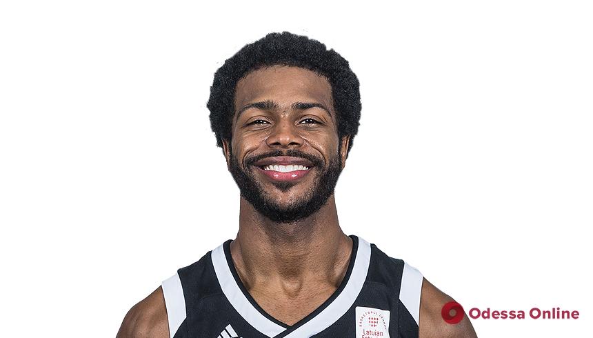 Баскетбол: «Одесса» подписала контракт с опытным американским защитником