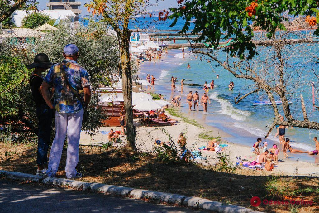 Каким был последний день лета на одесском побережье (фоторепортаж)