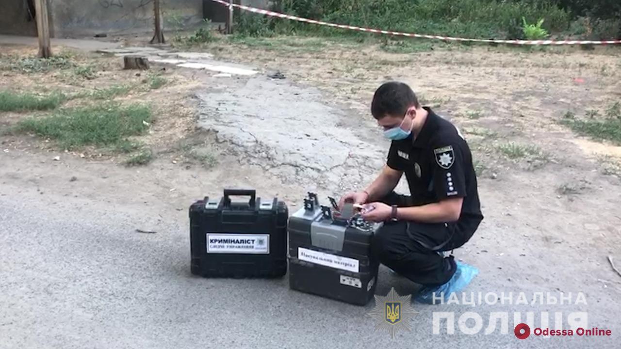 Одесские полицейские задержали подозреваемого в двойном убийстве на поселке Котовского (фото и видео)
