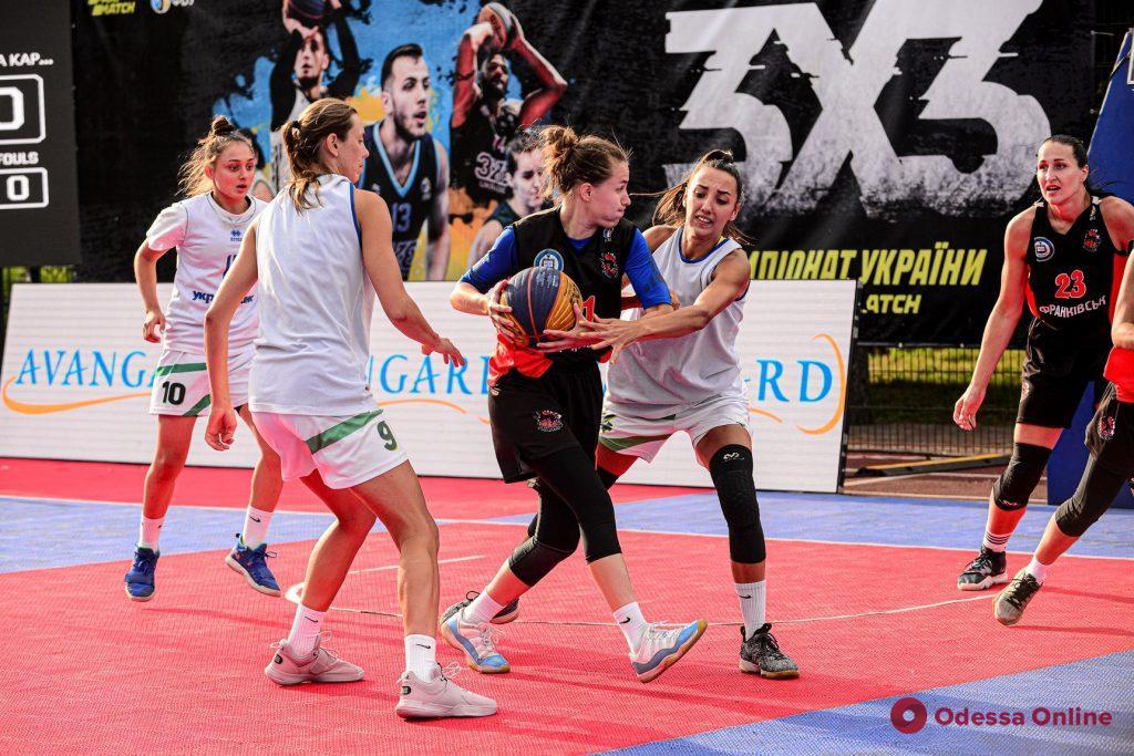 «Устрицы на карантине» снова завоевали медали этапа чемпионата Украины по баскетболу 3х3