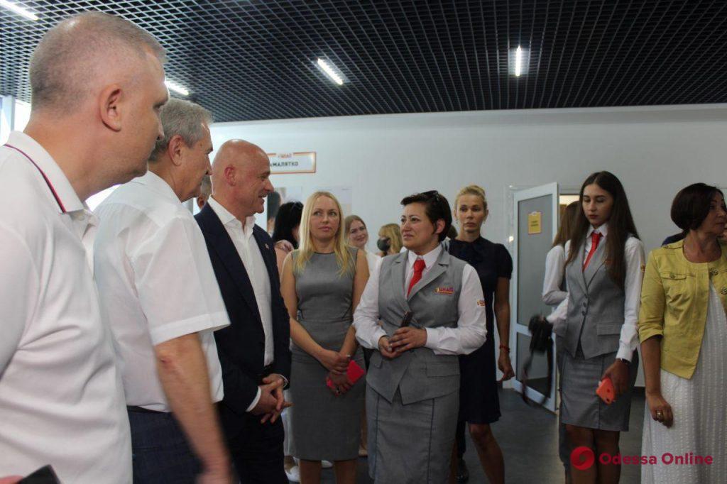 На поселке Котовского открыли Центр админуслуг (фото)