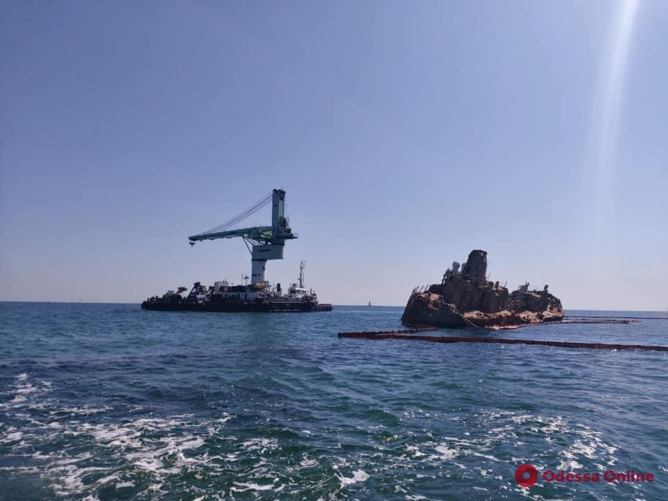 В Одессе готовятся к финальному этапу подъема и эвакуации «Делфи» (обновлено)