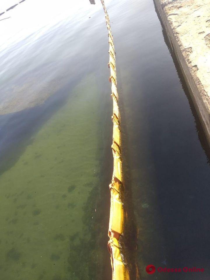 Названа окончательная сумма ущерба от утечек нефтепродуктов с танкера Delfi