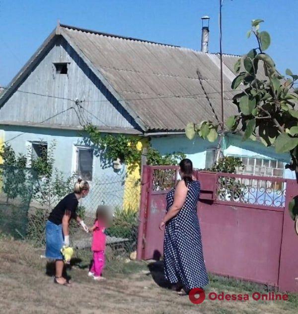 Под Одессой у пьющей матери забрали четырех детей