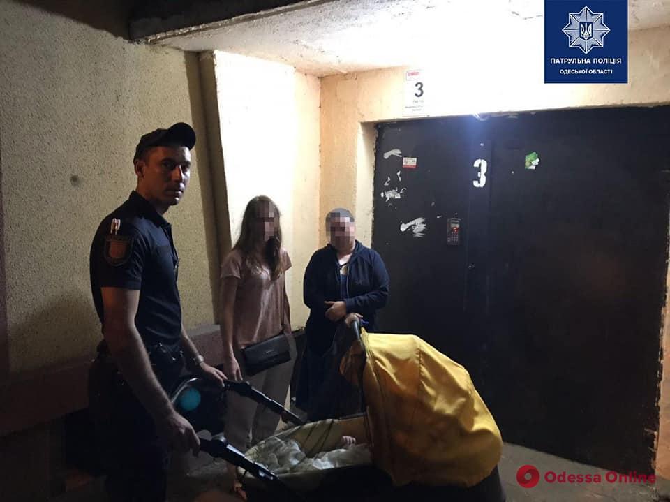 На Таирова пьяная мать гуляла с 4-месячным сыном по проезжей части