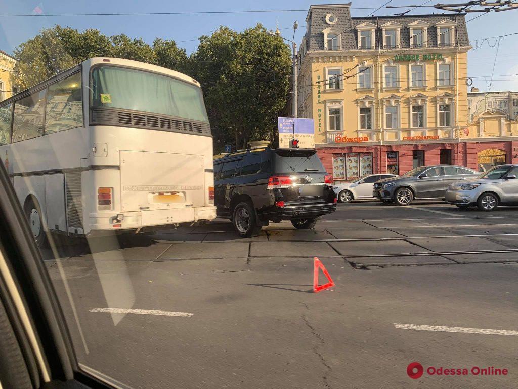 Дорожная обстановка в Одессе: «пробочные» центр и Черемушки