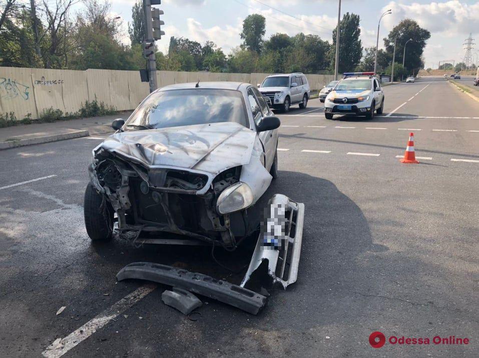На Дальних Мельницах столкнулись Daewoo и BMW