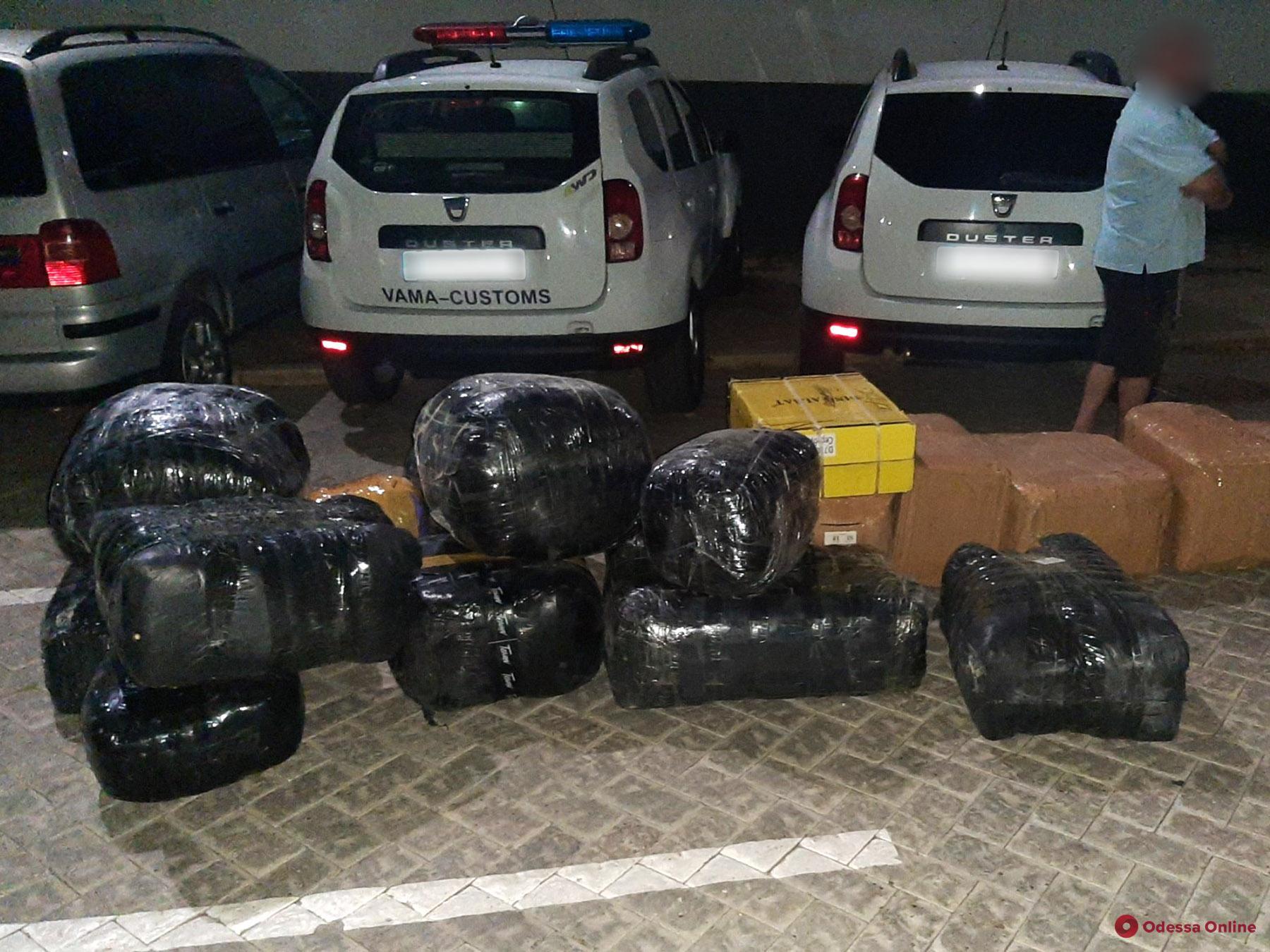 В Молдове задержали контрабандистов, нелегально возивших огромные партии товара из Одессы в Кишинев