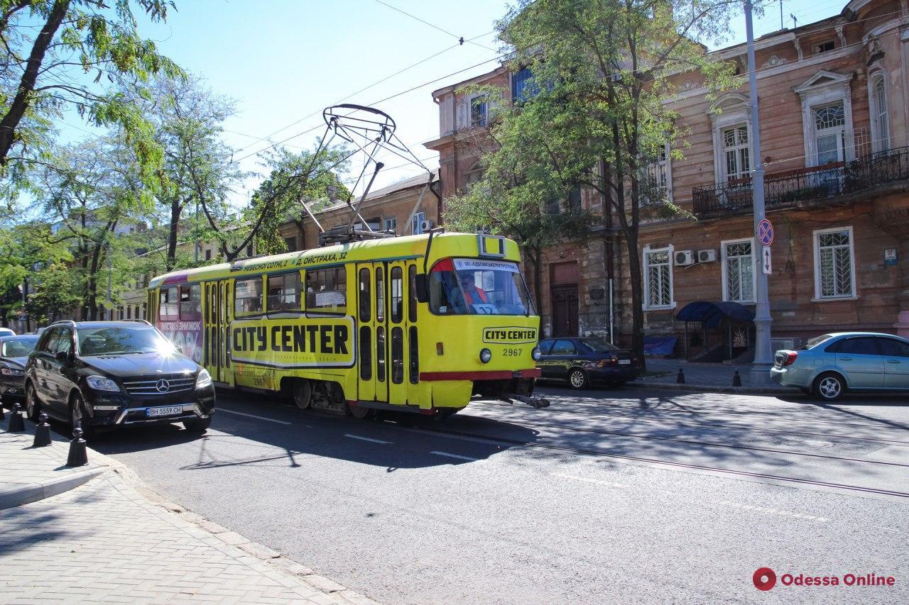 Одесса: из-за реконструкции Алексеевского сквера трамвай №12 будет ходить по сокращенному маршруту