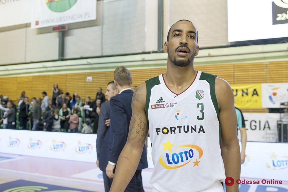 Баскетбол: «Одесса» подписала одного американца вместо другого