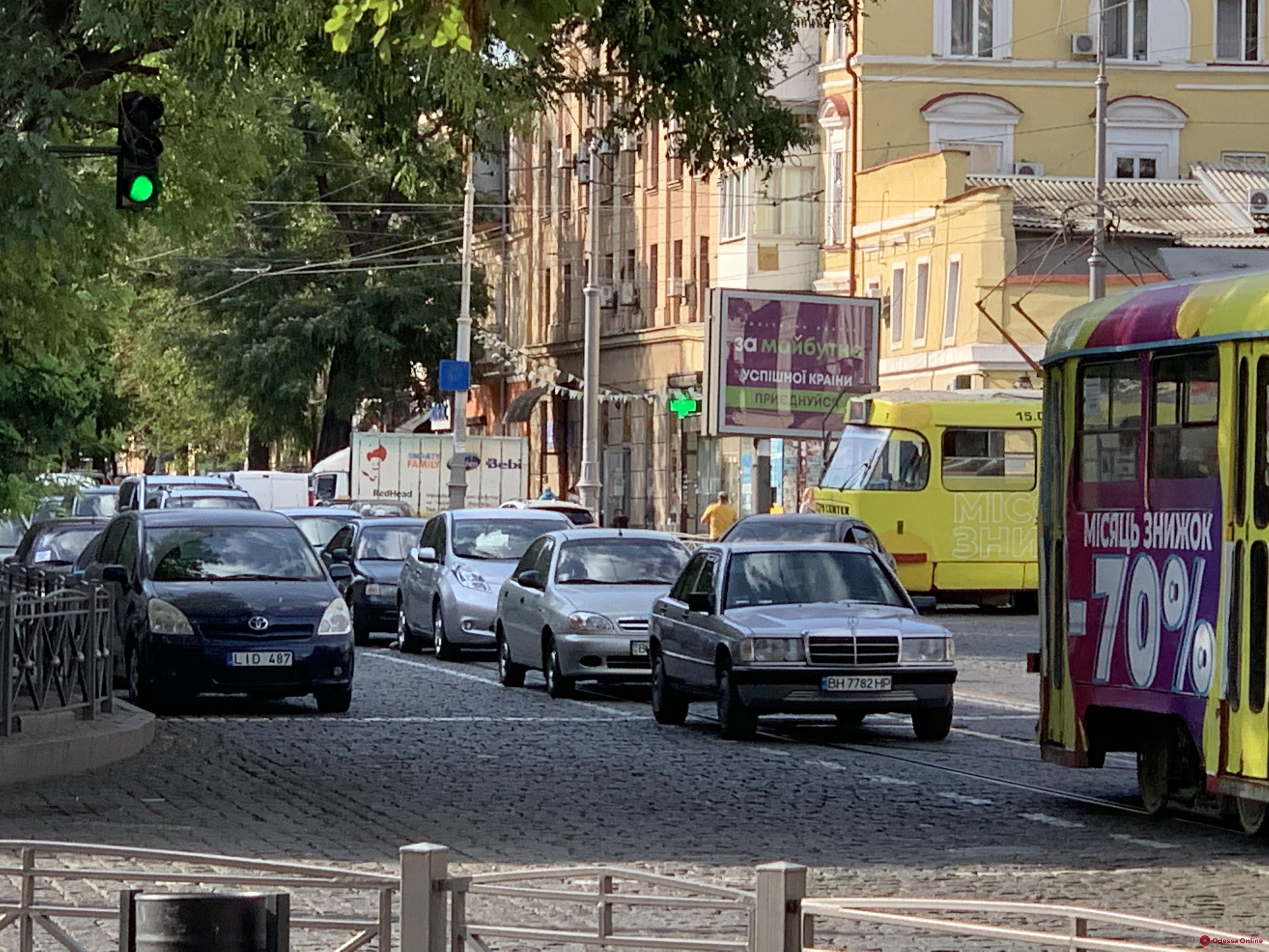 Дорожная обстановка в Одессе: большие пробки на поселке Котовского