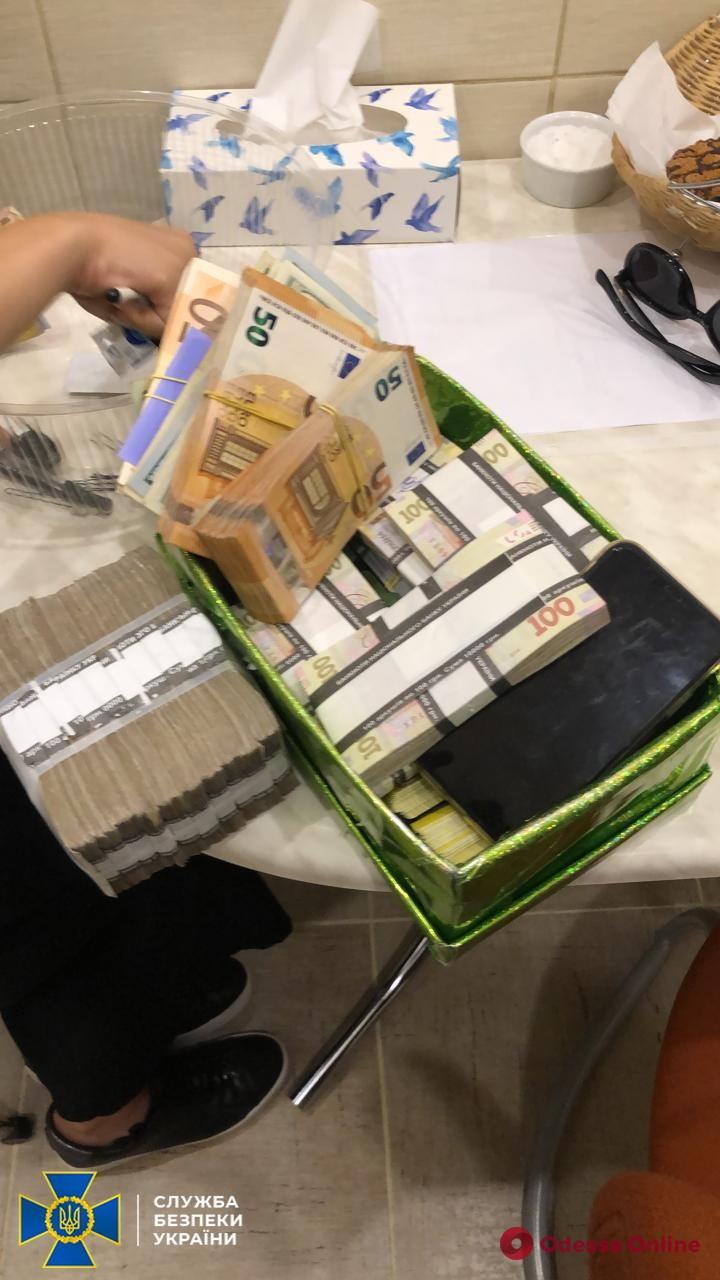 В Одессе и Киеве СБУ уличила руководителей «Укрзализныци» в организации коррупционной схемы