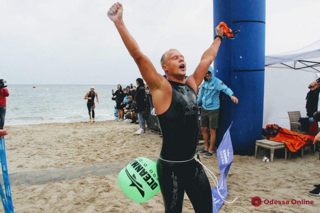 Oceanman-2020: на одесском пляже финишировали победители заплыва на 7,5 и 5 км (фото)